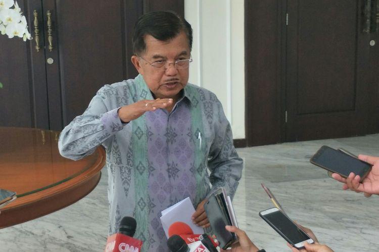 Wakil Presiden Jusuf Kalla di Kantor Wakil Presiden, Jakarta, Kamis (20/12/2018)