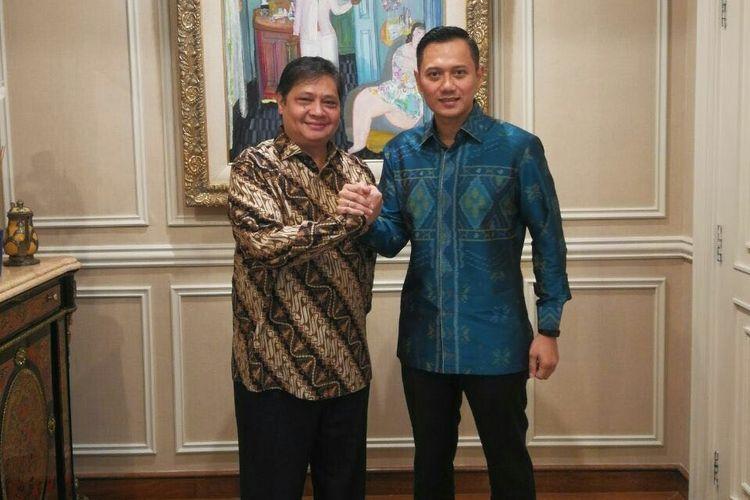 Airlangga Hartarto dan Agus Harimurti Yudhoyono bertemu di kediaman Airlangga, Kamis (1/3/2018)