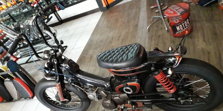 Modifikasi Honda Astea Star bergaya Choppy Cub yang dikerjakan bengkel Mr Classic, Cimanggis, Depok.