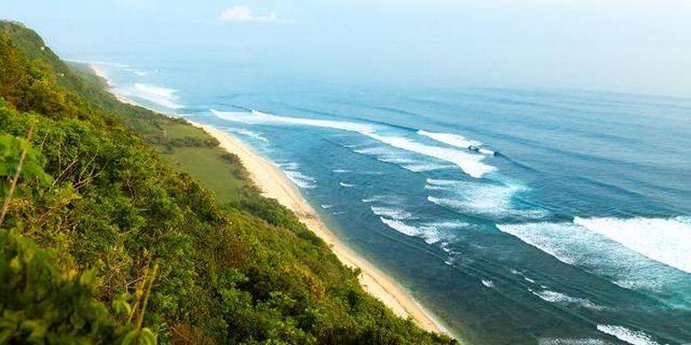 Pantai Nyang Nyang di Bali masuk sebagai salah satu pantai terindah di dunia yang wajib dikunjungi tahun 2018, oleh CNN travel internasional.