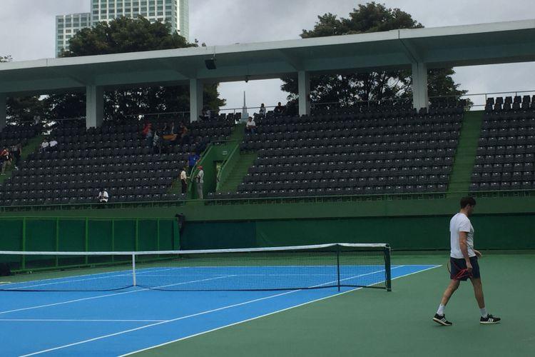 Lapangan Tenis Outdoor Senayan.