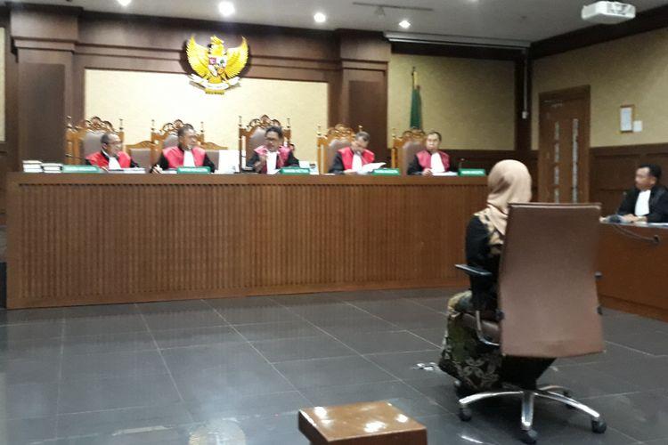 Mantan Wakil Ketua Komisi VII DPR, Eni Maulani Saragih dituntut 8 tahun penjara di Pengadilan Tipikor Jakarta, Rabu (6/2/2019).