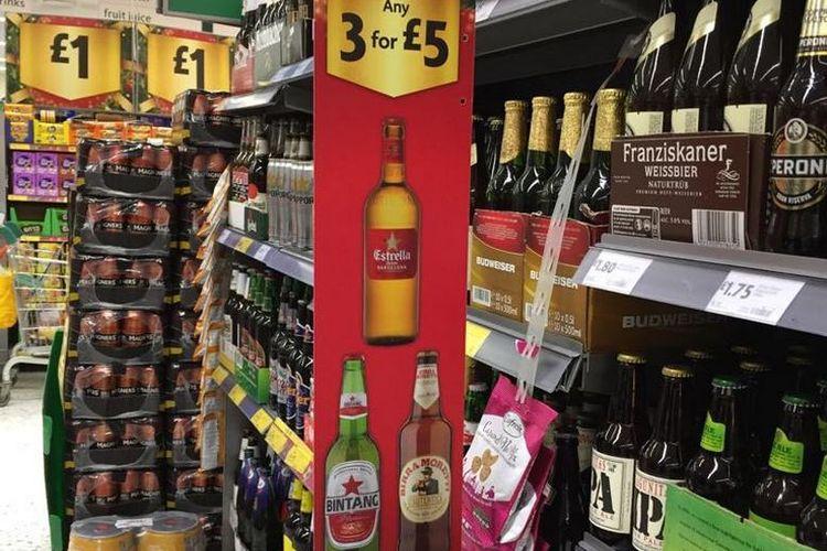 Sejak 2017, Bir Bintang di Inggris Raya dimasukkan dalam jajaran bir premium. Foto dari PT Multi Bintang Indonesia Tbk menunjukkan Bir Bintang di jaringan supermarket Morrisons.