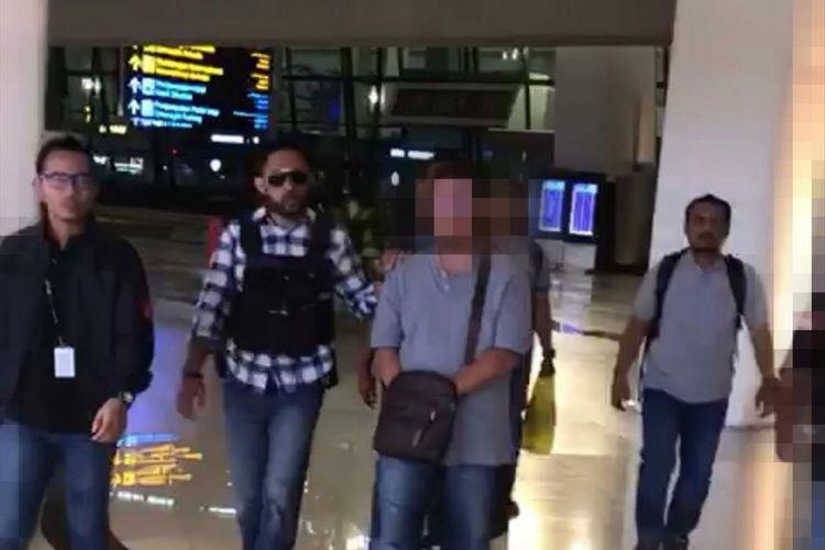 IR, Pilot penerbangan swasta yang sebarkan ujaran kebencian melalui Facebook nya