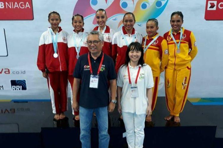 Di nomor Duet Free Routine, duet DKI Jakarta, Andriani Shintya - Naima Syeeda, berhasil menjadi yang terbaik, mendapat emas setelah mengoleksi 63.3667 poin.