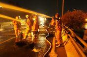 Kebakaran dalam Tabrakan Truk Pertamina dengan Calya, 13 Unit Damkar Dikerahkan