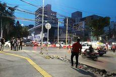 Kabel Semrawut di Jalan KH Wahid Hasyim Dirapikan