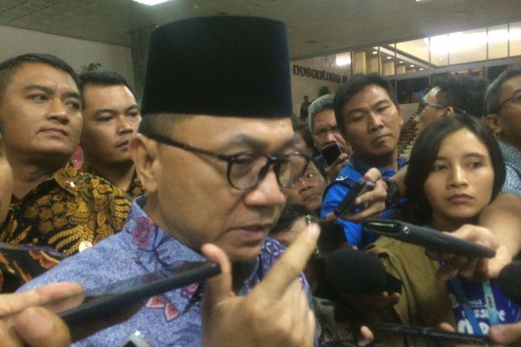 Ketua Majelis Permusyawaratan Rakyat (MPR) RI Zulkifli Hasan di Kompleks Parlemen, Senayan, Jakarta, Sabtu (18/9/2018).