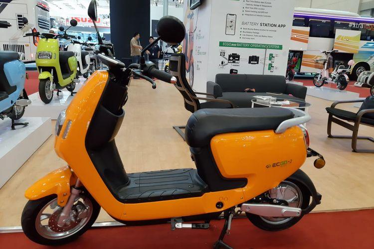 Sepeda motor listrik EC-GO