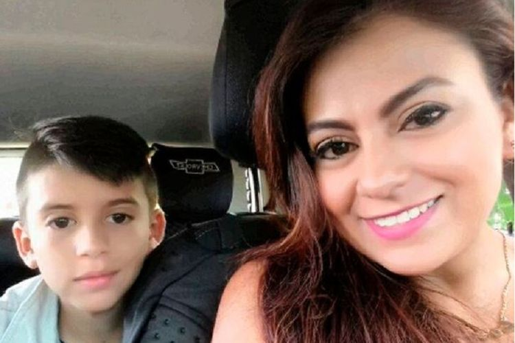 Jessy Paola Moreno dan putranya May Ceballos.