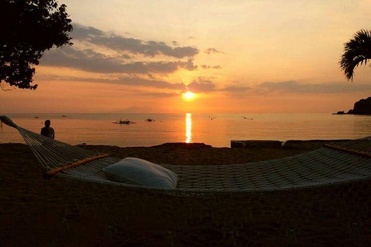 Suasana sunset di 7 Secrets Resort, Lombok, Nusa Tenggara Barat.