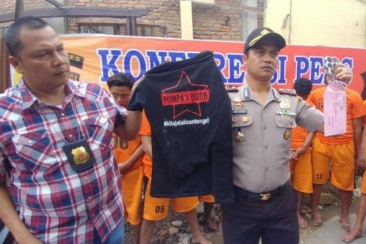 Anggota sindikat pelaku pencurian dengan kekerasan atau begal di Jalan Setiabudi depan SPBU Setiabudi, Medan, Sumatera Utara, ditangkap, Minggu (23/9/2018) sekitar pukul 03.30 WIB.