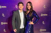 Foto Bareng, Bintang Bollywood Preity Zinta Sebut Iko Uwais sebagai 'Pria Berbahaya'