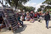 Pengunjung Meningkat, Pedagang di Pantai Ancol Mendulang Rezeki