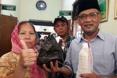 Ibu Ini Titip Sari Kedelai dan Lontong Balap untuk Ahmad Dhani di Rutan Medaeng
