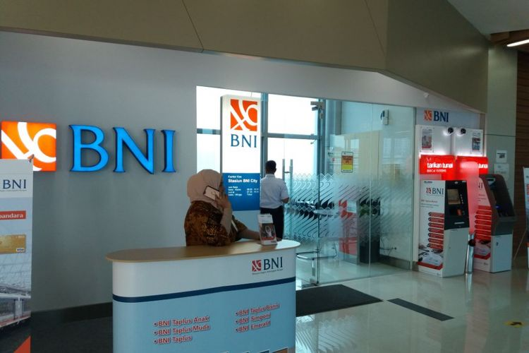 Outlet Bank BNI di Stasiun BNI City