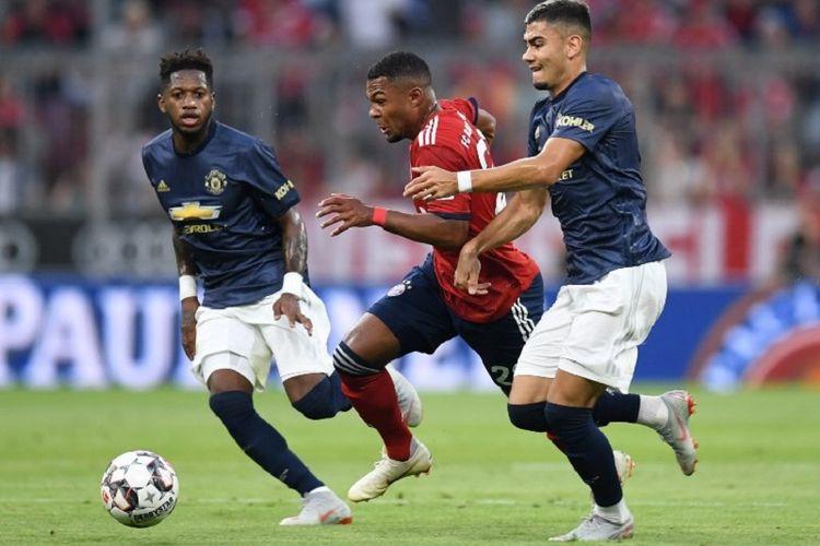 Manchester United Tutup Pramusim dengan Kekalahan