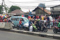 Bukan PKL, Sandiaga Sebut Pejalan Kaki Salah Satu Biang Macet Tanah Abang