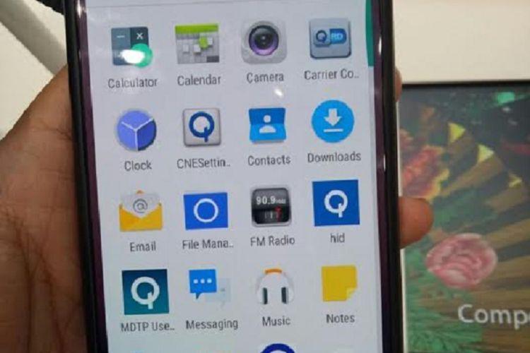 Prototipe ponsel Oppo dengan kamera periskop Zoom 5x.