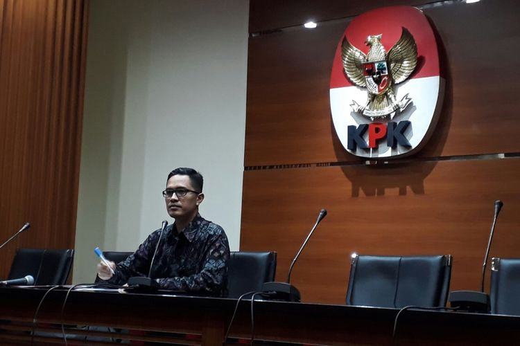 Juru Bicara KPK Febri Diansyah di Gedung KPK, Kuningan, Jakarta, Senin (10/7/2017)