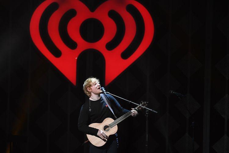 Ed Sheeran tampil di iHeartRadio Jingle Ball 2017 yang digelar di Madison Square Garden, New York City, pada 7 Desember 2017.
