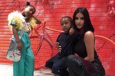 Ketika Anak Kim Kardashian Pakai Tas Seharga Rp 497 Juta...