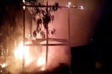Cerita Fatmawati dan 5 Putrinya Lolos dari Kebakaran Hebat di Rumahnya