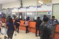 Calon Penumpang di Stasiun Senen Tunggu 8 Jam untuk Batalkan Tiket