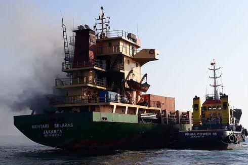 Kapal Kargo Terbakar di Perairan Sumba Timur, NTT