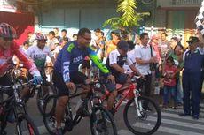 Ribuan Peserta Sepeda Nusantara Padati Ambon