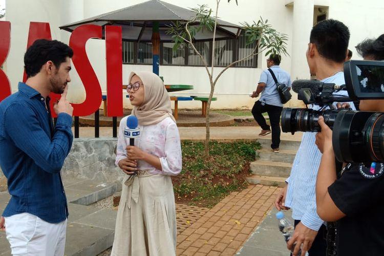 Reza merupakan dosen praktik Program Vokasi Komunikasi (Vokom) Universitas Indonesia (UI) sejak September 2018.
