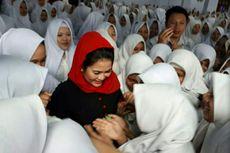 Pesan Puti Soekarno untuk Santriwati di Madura