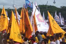 Bendera Golkar Hiasi Kampanye Akbar Prabowo di Makassar