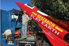 Roket Pendukung Teori Bumi Datar Akhirnya Meluncur, Apa yang Terjadi?