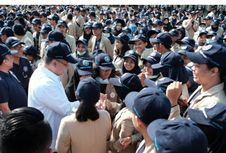 UGM Lepas 5.992 Mahasiswa KKN ke 34 Provinsi