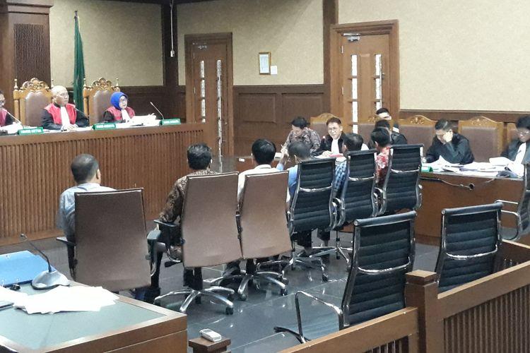 Jaksa KPk menghadirkan enam saksi dalam persidangan untuk terdakwa Gubernur nonaktif Jambi Zumi Zola di Pengadilan Tipikor Jakarta, Kamis (6/9/2018).