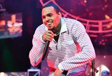 Chris Brown Ditahan di Paris atas Tuduhan Pemerkosaan