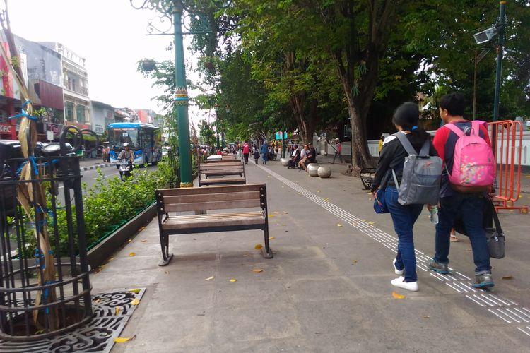 Suasana jalur pedestrian di kawasan Malioboro, Kota Yogyakarta, DIY, Sabtu (3/6/2017).