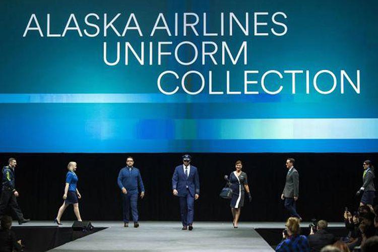 Acara peragaan busana untuk seragam pilot dan para karyawan Alaska Airlines yang digelar di dalam hanggar di Seattle, Amerika Serikat, karya desainer kenamaan Luly Yang.
