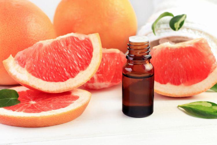 Ilustrasi minyak esensial jeruk bali