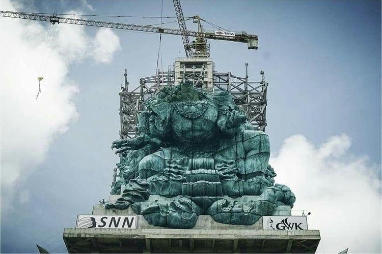 Proses penyelesaian pembangunan patung GWK
