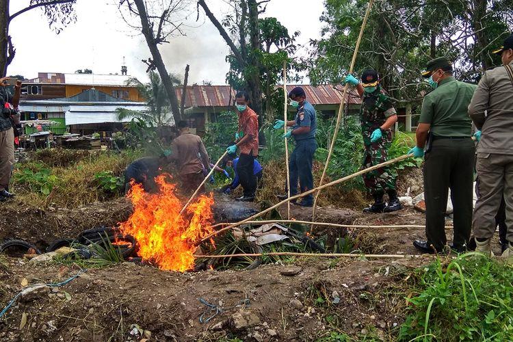 Balai Karantina Pertanian Kelas II Tarakan Wilayah Kerja Nunukan memusnahkan  2,5 ton daging ilegal dari Tawau Malaysia. Selain daging ilegal, lebih dari 300 batang bibit kelapa  sawit, sayur, dan 1 ton buah-buahan, serta obat-obatan untuk hewan dan tumbuhan ikut dimusnahkan.