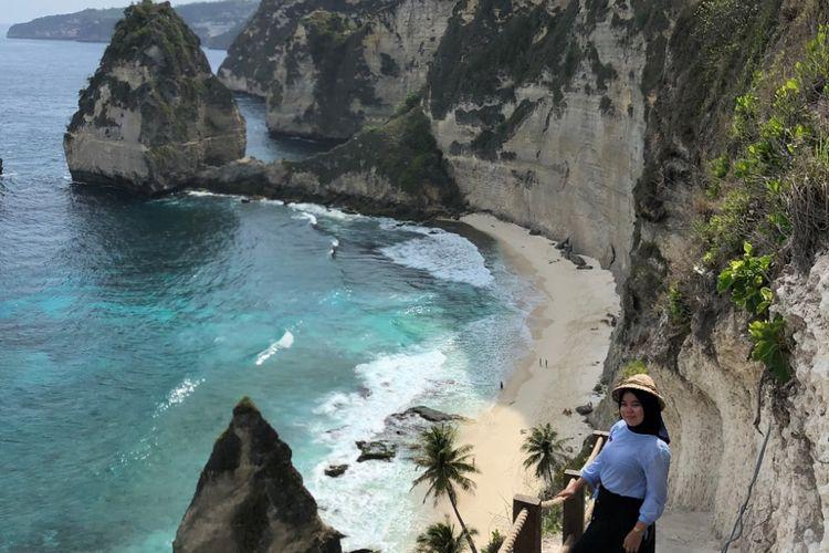 Ide Liburan di Nusa Penida Bali, Mampir ke Diamond Beach