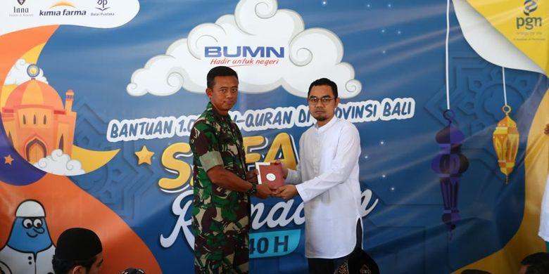 Bersama 3 BUMN, PGN Salurkan 1.000 Al-Quran untuk Warga Muslim Bali