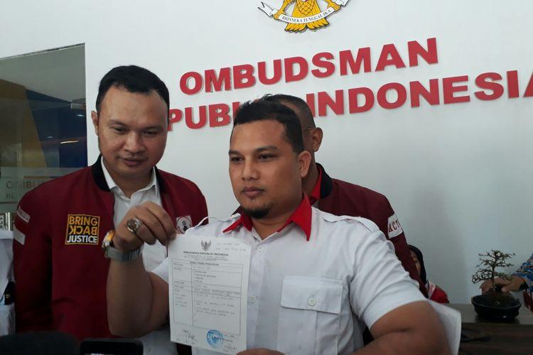 Advokat Cinta Tanah Air (ACTA) resmi melaporkan peristiwa pertemuan Presiden Joko Widodo dan Partai Solidaritas Indonesia (PSI) ke Ombudsman. Senin (5/3/2018).