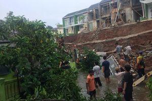Turap Ambrol, Lurah Sukamaju Akan Panggil Pengembang Cluster Azzura Depok