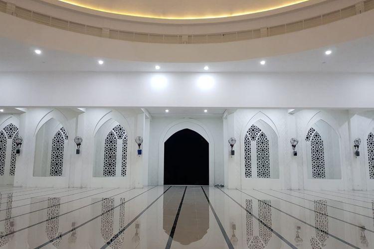 Masjid At-Taqarrub di Desa Keude, Kecamatan Trienggadeng, Kabupaten Pidie Jaya.