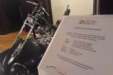Jokowi Tak Hadir, Lelang Motor Chopperland hingga Gitar untuk Dana Kampanye Dibatalkan