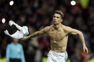 Cristiano Ronaldo Beberkan Alasan Kerap Buka Baju Saat Rayakan Gol