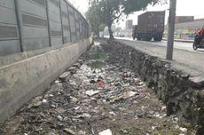 Kotornya Saluran Air di Sepanjang Jalan RE Martadinata...